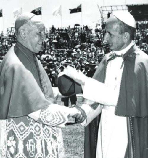 Cardinal Gilroy farewelling Pope Paul VI at Sydney Airport
